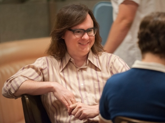 Clark Duke as Ron in I'M DYING UP HERE (Season 1, Episode 03). - Photo: Lacey Terrell/SHOWTIME - Photo ID: IDUH_103_1836.R