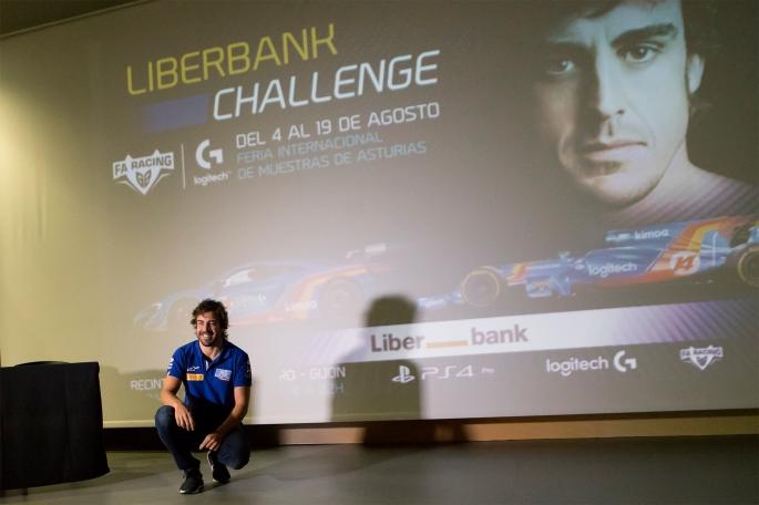 Fernando Alonso busca al simracer más rápido de España_Logitech G.jpg
