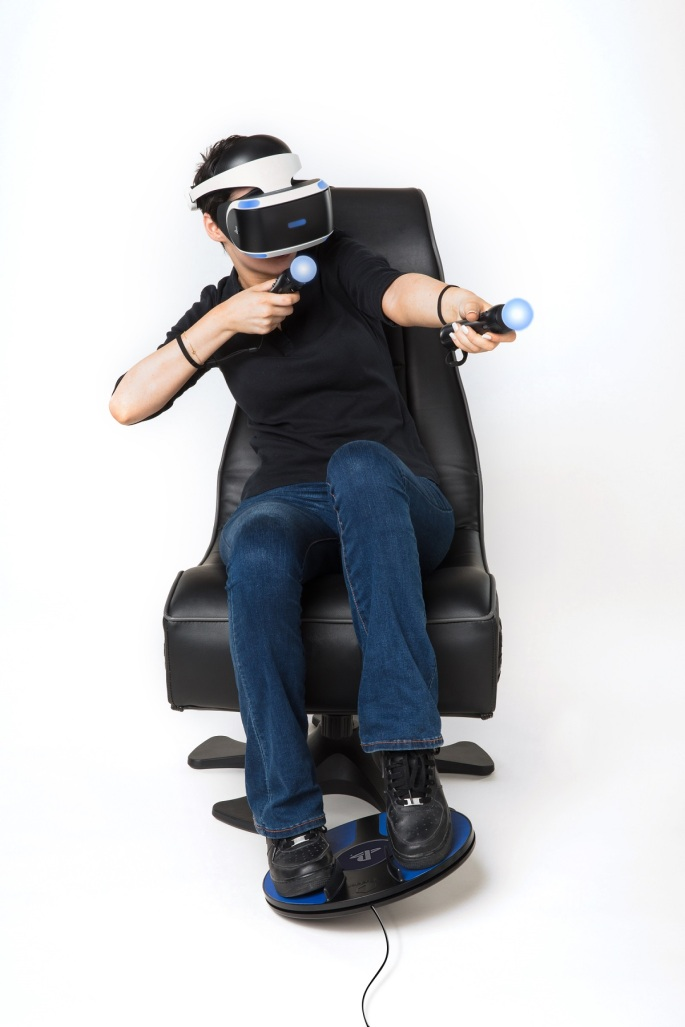 3drudder-PSVR-girl-playing_cable